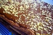 prajitura snickers cu nuca si ciocolata
