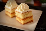 prajitura de casa cu vanilie si caramel