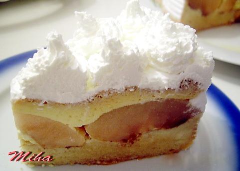 Felie de tort cu mere si crema de zahar ars