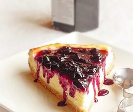 Cheesecake cu dulceata de afine