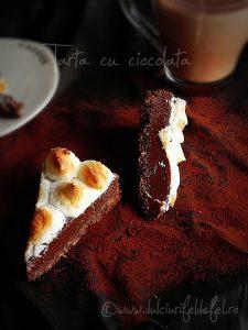 Tarta cu ciocolata si bezea cu lamaie