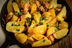 Cartofi la cuptor cu cascaval