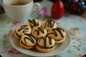 Paleuri cu crema de ciocolata