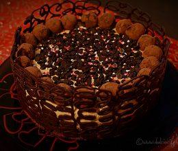 Tort cu mousse de ciocolata si caramel