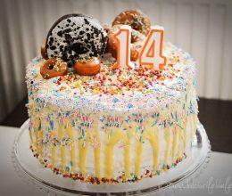 Tort cu gogosi (Donuts Cake)