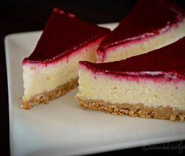 Cheesecake copt cu zmeura
