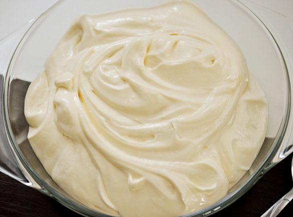 Crema pentru tort cu mascarpone