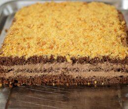 prajitura cu ciocolata si crocant de migdale